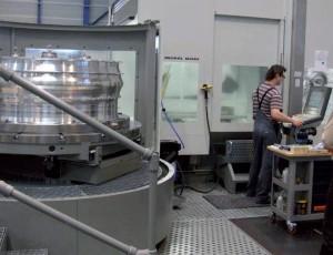 Cellule de fabrication DMC 200 FD avec station de palettes